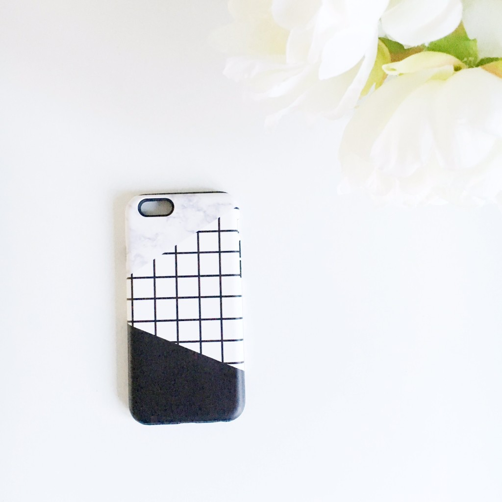 marble monochrome iphone cover