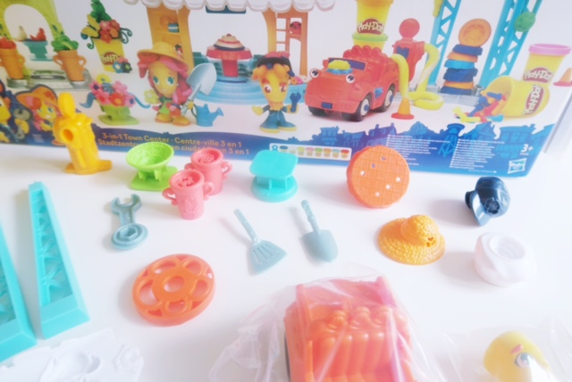 hasbro toy tribe playdoh town review 3