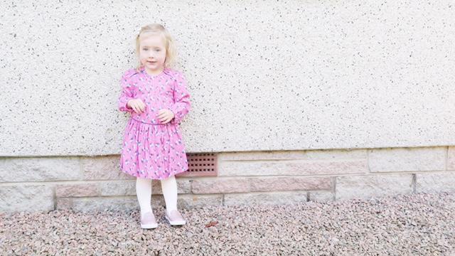 boots-mini-club-pink-dress