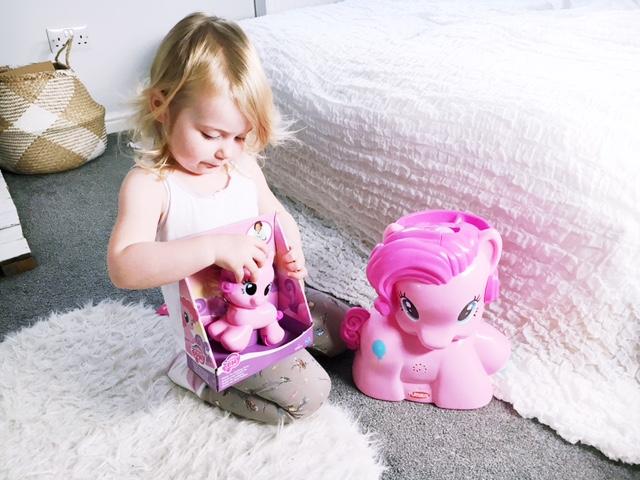 my-little-pony-playskool-friends-review-5