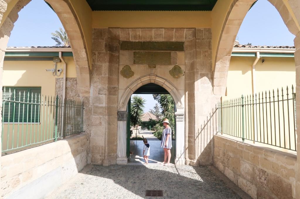 hala sutlan tekke sightseeing in cyprus